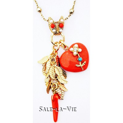 Amaro Coral Pearl Gold Leaves Necklace