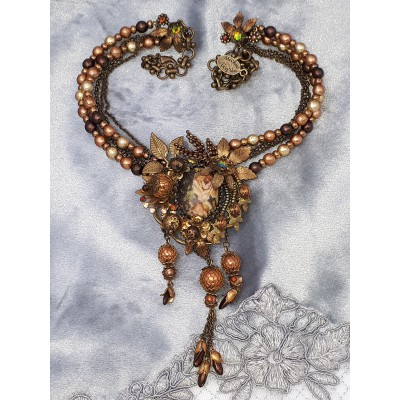 Michal Negrin Brown Victorian Roses Necklace