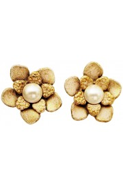 Michal Negrin Cream Pearl Flower Stud Earrings