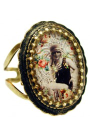 Michal Negrin Flapper Girl Oval Cameo Ring