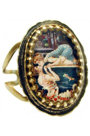 Michal Negrin Swimmers Kiss Oval Cameo Ring