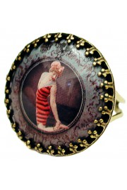 Michal Negrin Retro Swimmer Round Cameo Ring