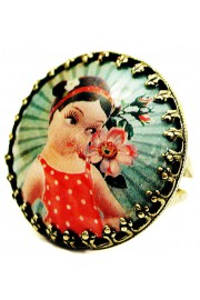 Michal Negrin Retro Girl Round Cameo Ring