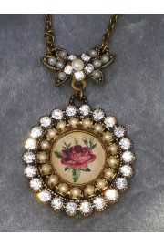 Michal Negrin Silver Pearl Rose Cameo Pendant Necklace