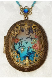 Michal Negrin Silhouette Large Filigree Locket Necklace